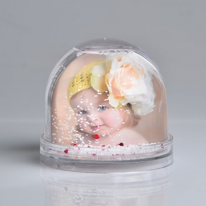 Personalised Snowglobe